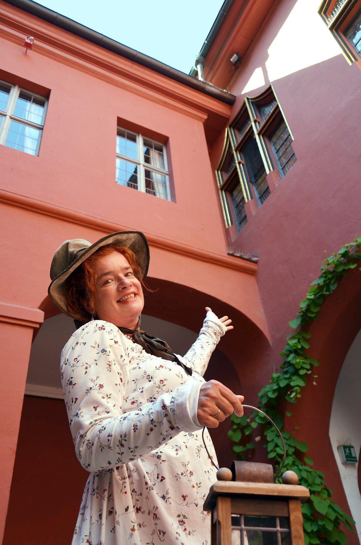 Scherz, Prestige und Puderstaub – Die amüsante Event-Tour aus der Welt des Freiburger Adels