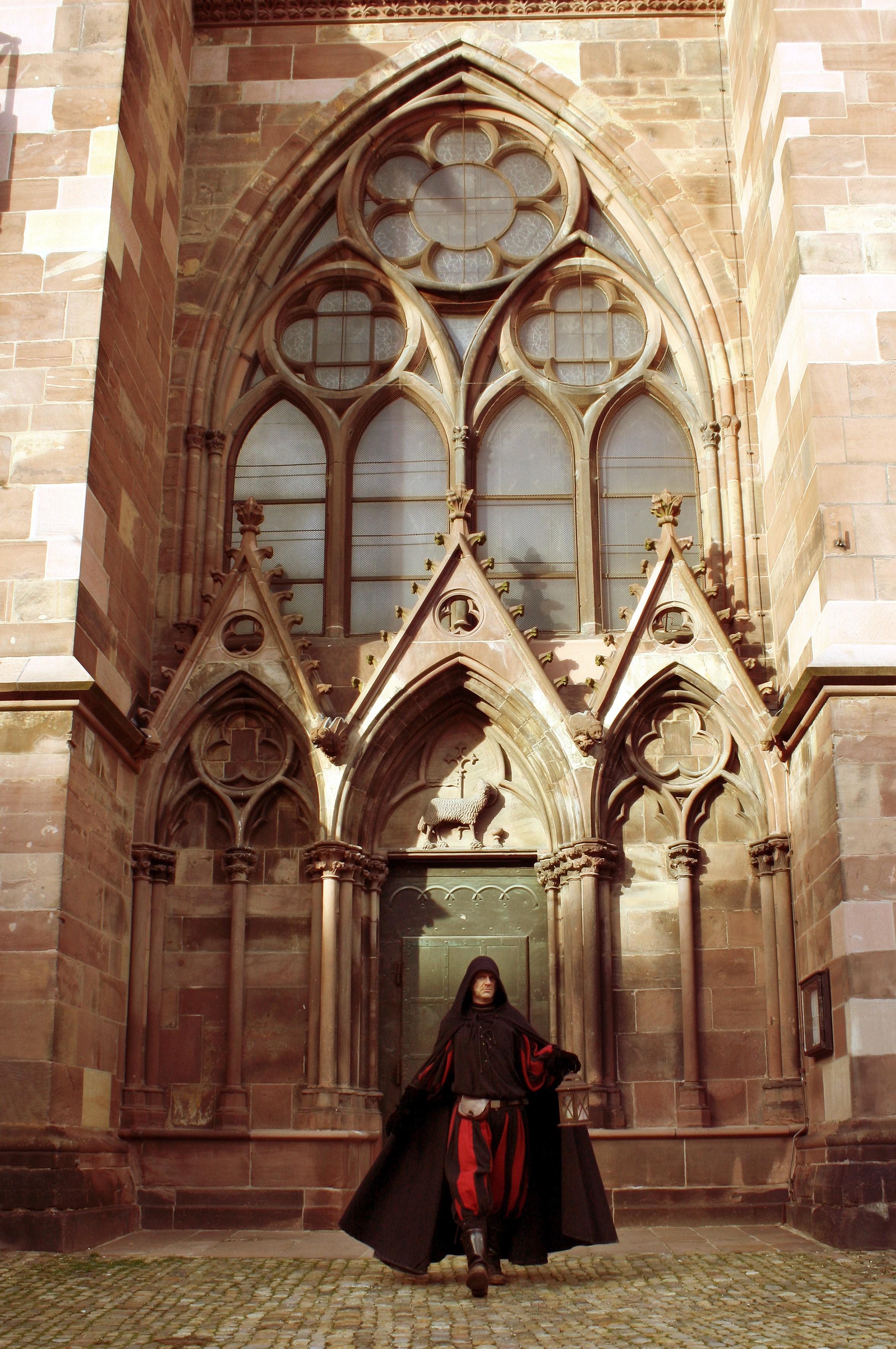 Nonnen, Pfusch und Münsterspitze(n) – Der theatrale Event-Rundgang um das Freiburger Münster