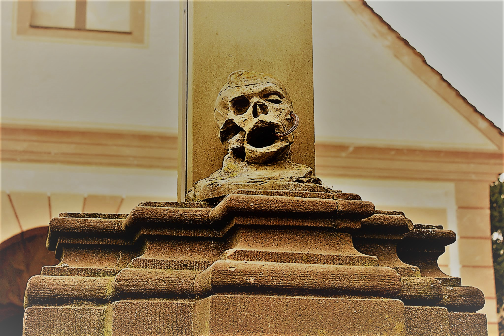 Historix-Friedhofs-Tour // Rund einstündiger Spaziergang über den mystischen Alten Friedhof